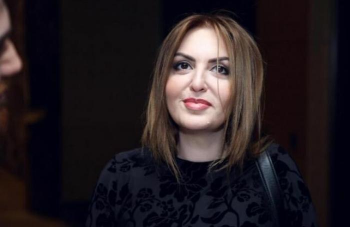 Prezident Əməkdar artistə ev hədiyyə edib