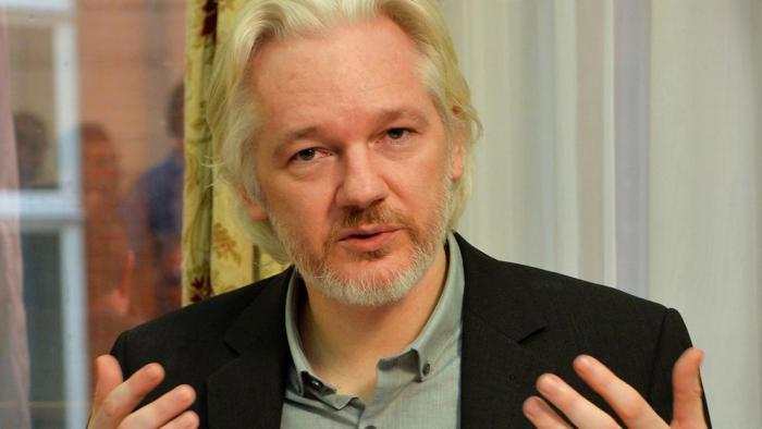 EE.UU. endurece los cargos contra Assange y le acusa de espionaje