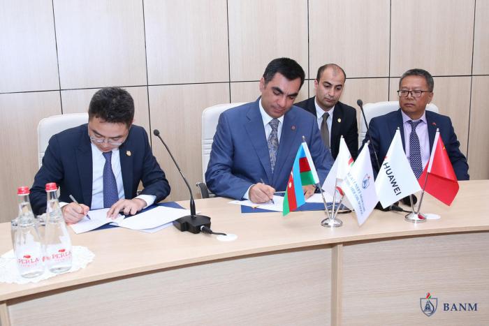Baku Higher Oil School, Huawei sign joint co-op contract