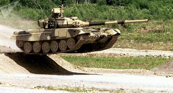 El Ejército indio planea incorporar unos 460 carros blindados en la frontera con Pakistán