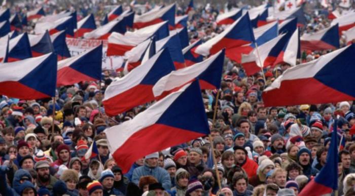 Protesta masiva contra la corrupción en el Gobierno checo-VIDEO