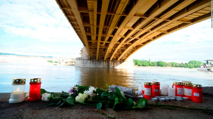 Capsized Budapest tourist boat to be lifted from the water, Hungarian FM says