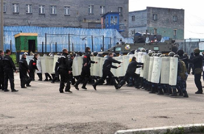 Tacikistanda məhbus qiyamı - 29 nəfər öldürülüb