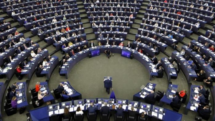 Spitzenpolitikerinnen und -politiker fordern Gleichberechtigung bei Postenbesetzung