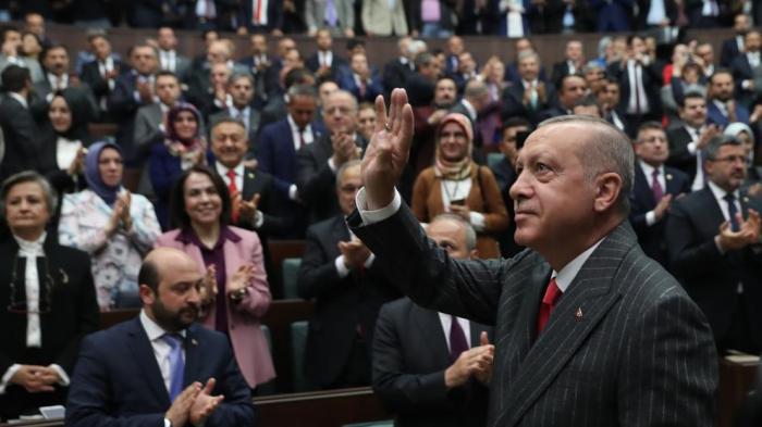 La oposición turca denuncia tongo pero volverá a pelear por Estambul