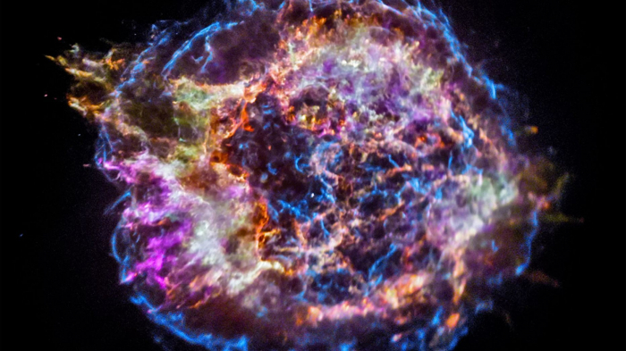 Exploding stars may have put humanity on two feet