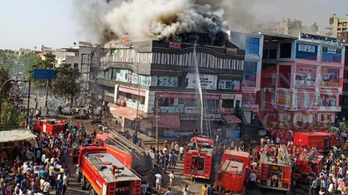 Fire in commercial center in India kills at least 18 -  NO COMMENT