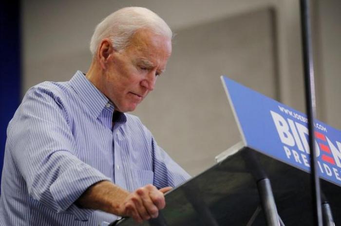 Biden shows early strength, but pitfalls loom in 2020 U.S. presidential race