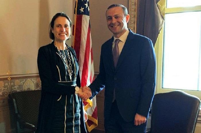 EEUU y Armenia se refieren a Nagorno Karabaj