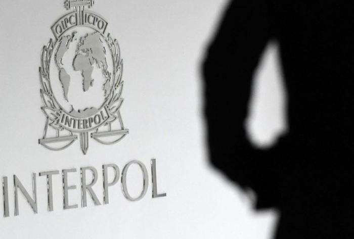 """Interpol démantèle un réseau international de pédophiles connectés sur le """"darkweb"""""""