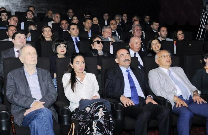 """Leyla Əliyeva """"Mənim balaca şahzadəm""""ə baxdı"""
