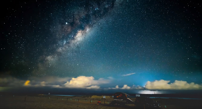 Lightning storm appears amidst Milky Way timelapse footage -  VIDEO