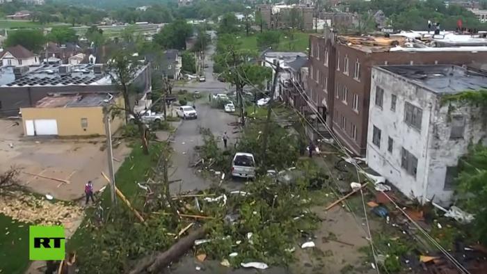 VIDEO  : Un dron capta la destrucción en la capital de Misuri tras un tornado