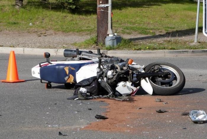 Motosikletlə traktor toqquşub, sürücü ölüb