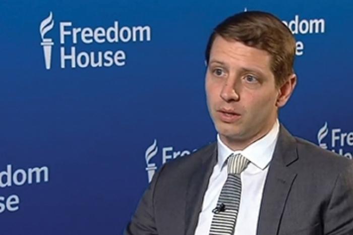 """""""Freedom House""""un yetkilisi Paşinyanı tənqid etdi"""