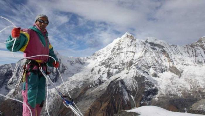 23 dəfə Everest zirvəsini fəth edən dünya rekordçusu