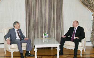 الرئيس يلتقى الكسندر سيرغييف -  تم تحديث