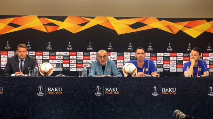 Maurizio Sarri issues N