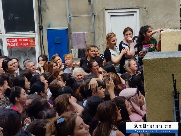 35 mindən çox abituriyentin imtahan günü - REPORTAJ (FOTOLAR)