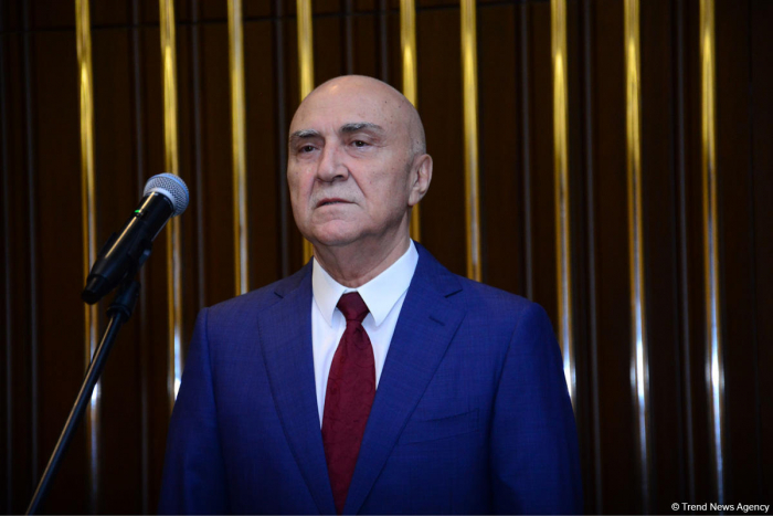 Azerbaijani official talks on problems resolved after Heydar Aliyev returned to power