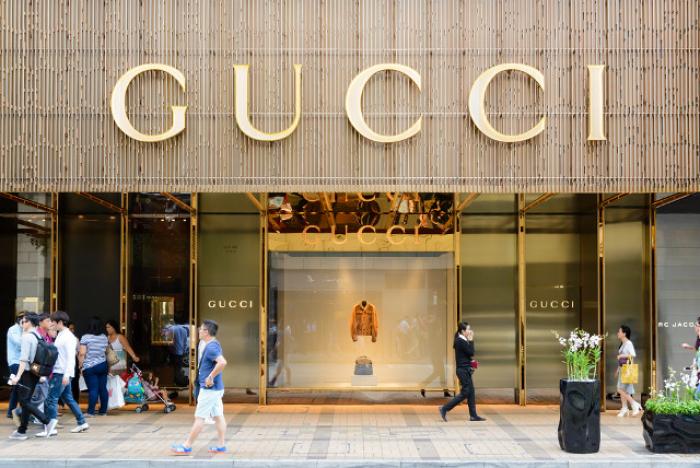 Gucci commercialise un turban sikh, la communauté religieuse voit rouge