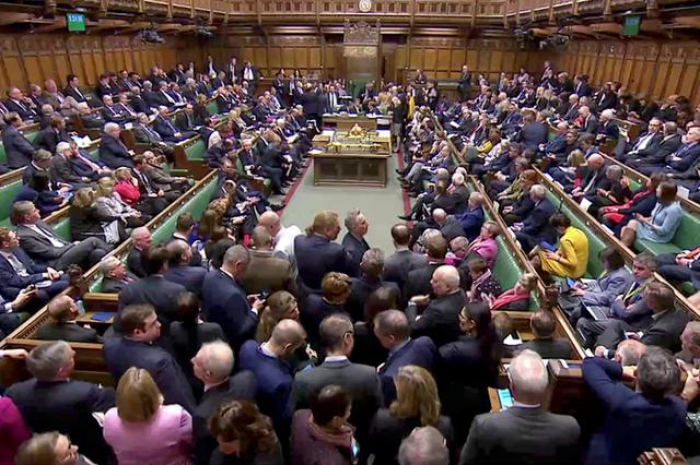 UK ministers to consider merits of indicative Brexit votes