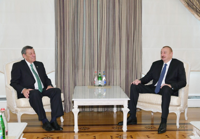 President Ilham Aliyev received delegation led by Uruguayan foreign minister