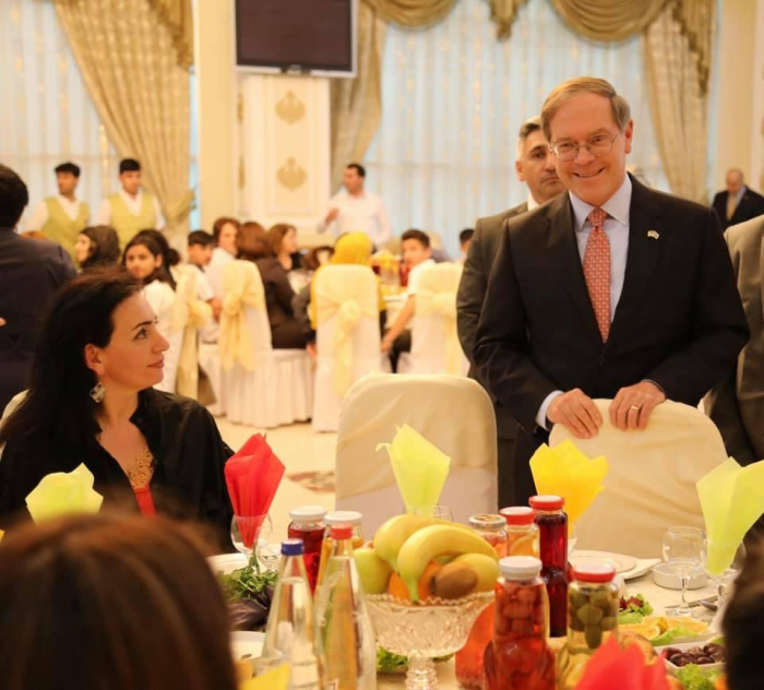 U.S. Embassy hosts iftar dinner for internally displaced persons
