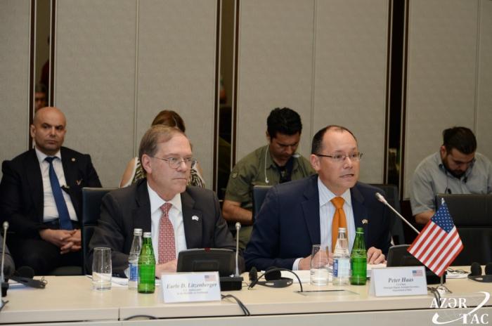 Ministro:   EE.UU. invierte miles de millones de dólares en la economía de Azerbaiyán