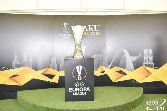 Trofeo de la UEFA Europa League recorre los distritos de Azerbaiyán