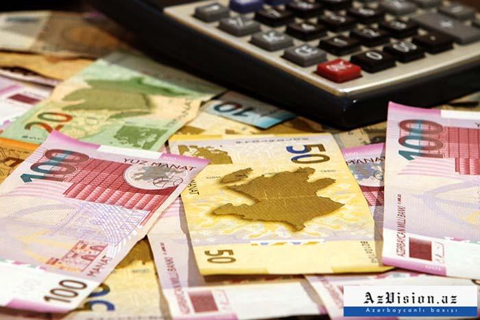 Büdcəyə vergi daxilolmaları 262 milyon manat artıb