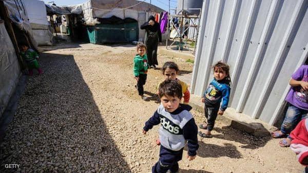 """15 ألف طفل سوري في لبنان مهددون بـ""""العراء"""""""