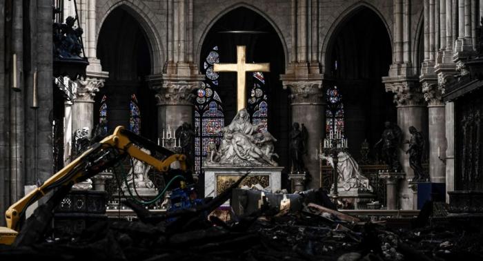 """كاتدرائية نوتردام تعلن موعد أول قداس بعد """"الحريق الكارثي"""""""