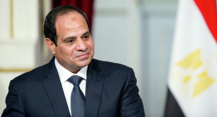 السيسي يفاجئ لاعبي المنتخب المصري قبل أيام من أمم أفريقيا