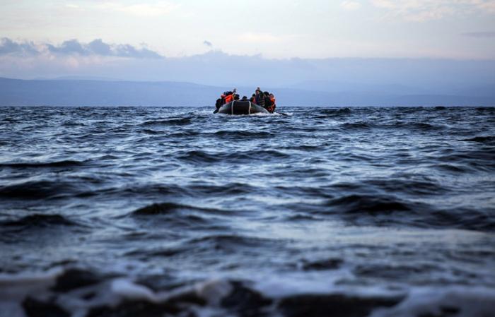 İndoneziyada sərnişin gəmisi batıb