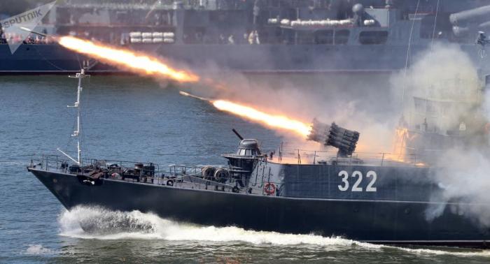 حاملة الصواريخ إضافية تنضم لمجموعة القوات البحرية الروسية في المتوسط