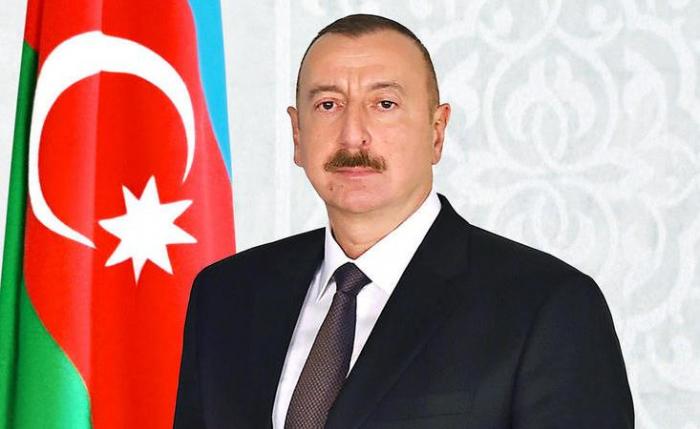 Prezident bir qrup şəxsi təltif edib - SİYAHI