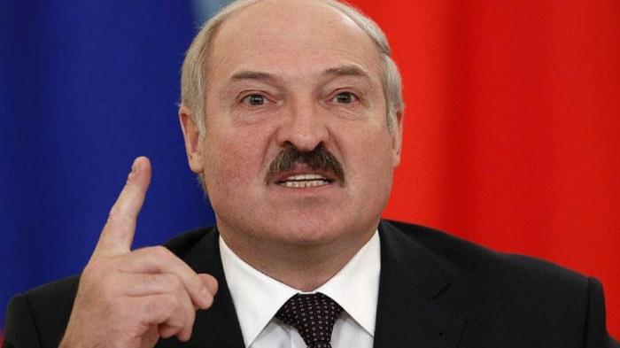 """Lukaşenko sinoptikləri hədələdi: """"Onları işdən qovmaq lazımdır"""""""