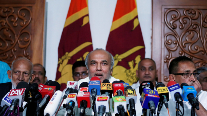 Muslim Sri Lankan ministers   resign   in protest over terrorism accusations