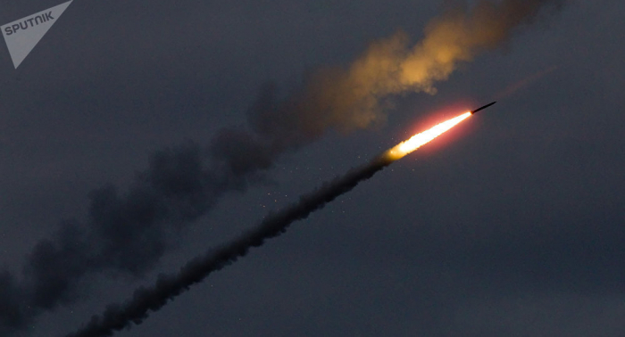 Russische Militärs testen neueste Raketenabwehrwaffe – VIDEO