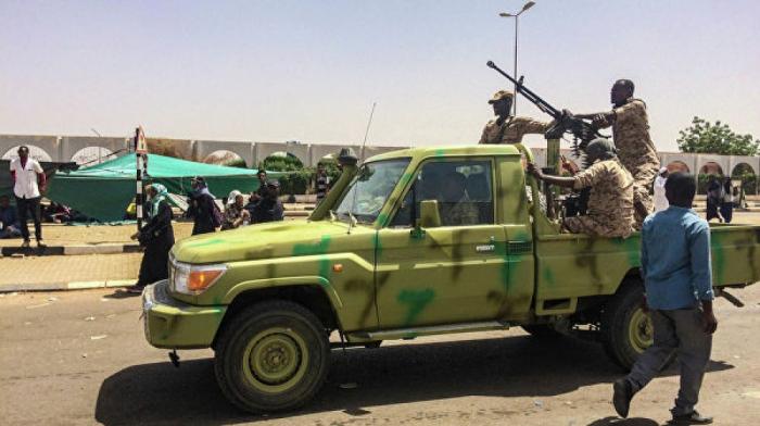 Sudanda etiraz aksiyası: Ölü sayı 100-ə çatıb