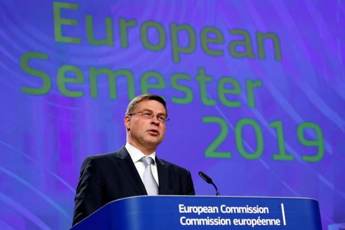 EU prepares the ground for disciplinary procedure over Italy debt
