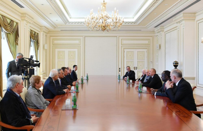 Azerbaijani president receives delegation of International Union of Architects