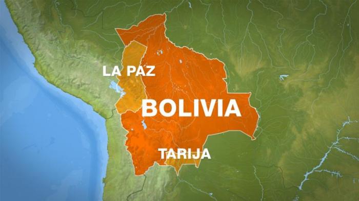 Bolivia:   Tres muertos y varios heridos en un accidente en el salar de Uyuni