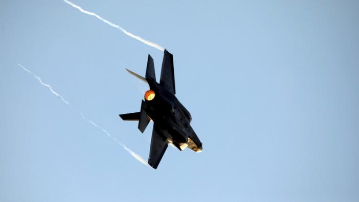 Pilotos turcos ya no entrenan con F-35 en EE.UU., mientras Ankara insiste en comprar los S-400 rusos
