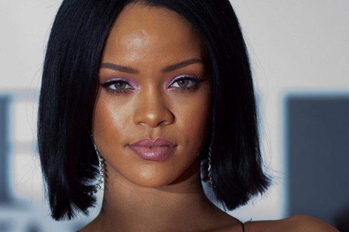 Rihanna rompe su regla:   habla de su vida y cuenta que quiere ser madre