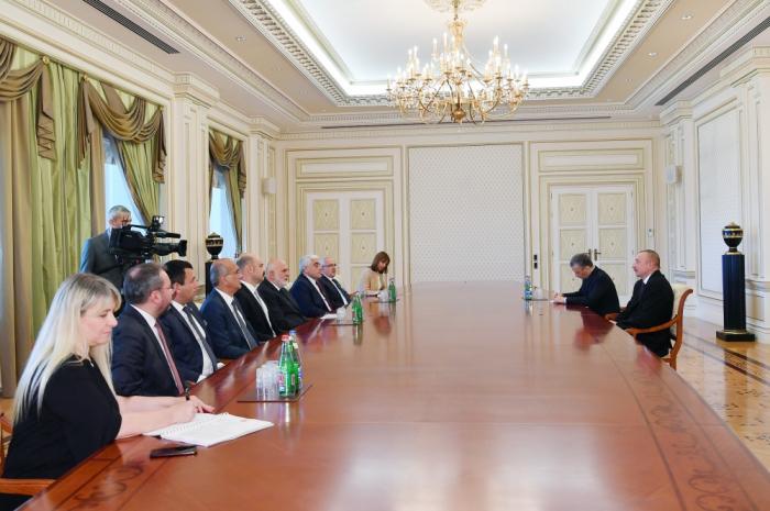 Le président azerbaïdjanais reçoit le vice-président du parlement turc