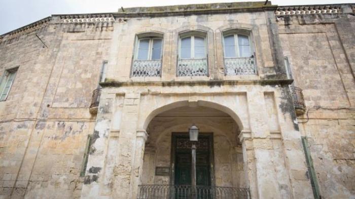 Kraliçanın villası 6 milyona satışa çıxarıldı