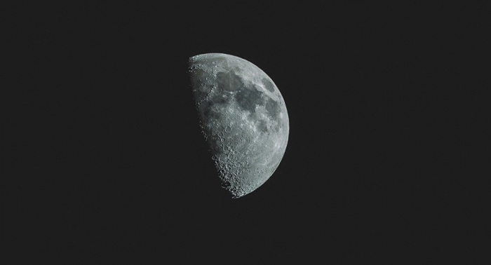 Riesige Metallvorkommen auf Mond gefunden – Forscher
