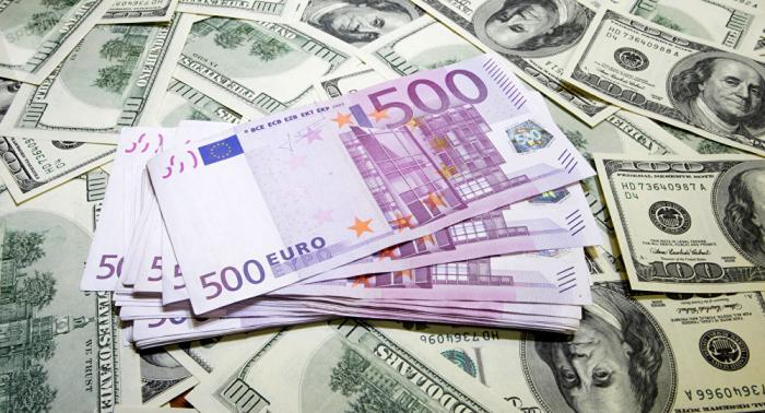 Dollar-Schwäche: Euro legt zu